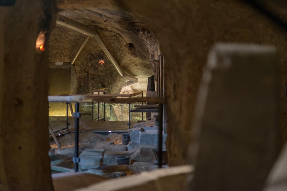 particolare-interno-sala-frantoio-moom-matera-olive-oil-museum-museo-olio-oliva